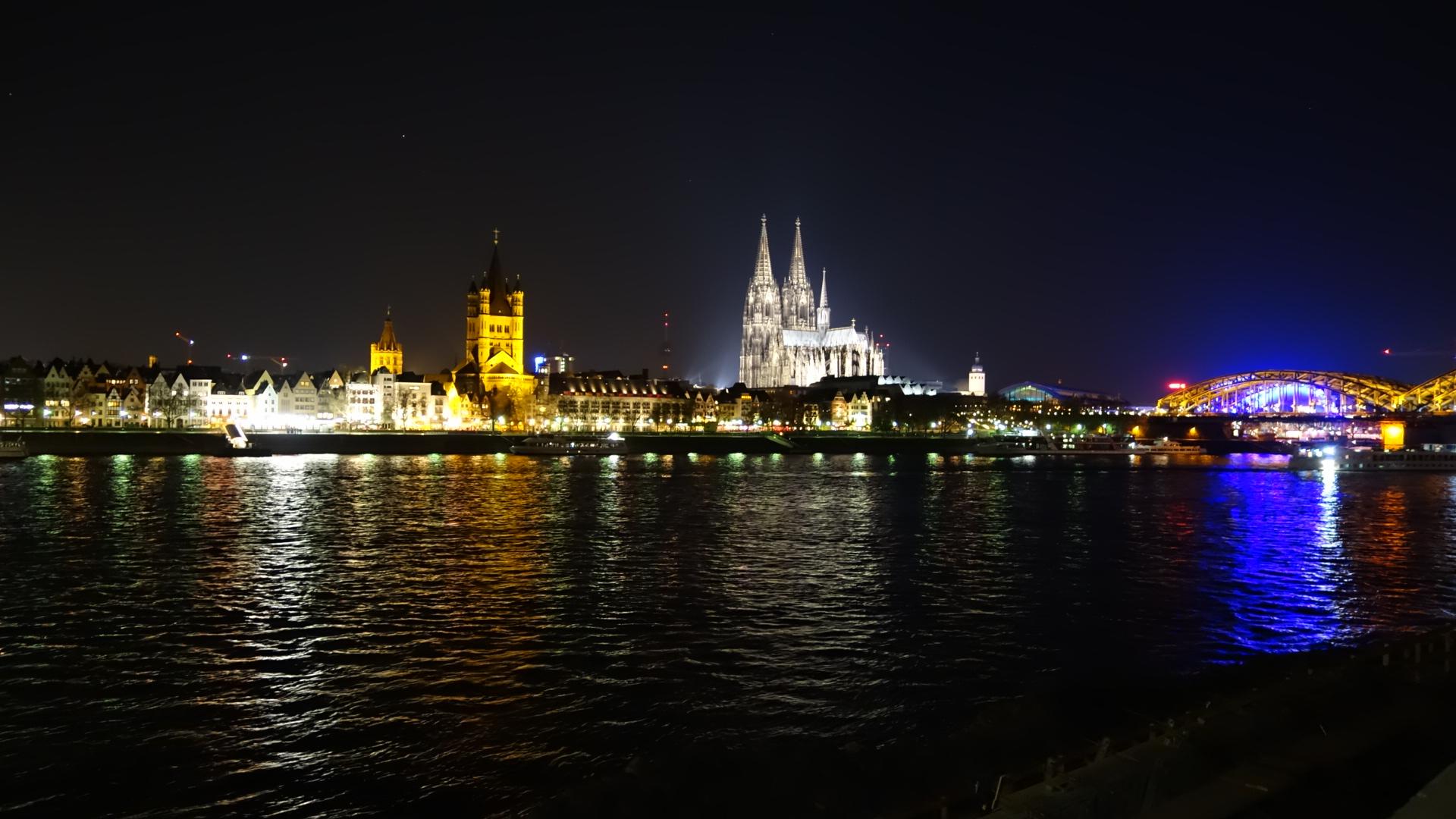 Köln bei Nacht  © Andreas Zuda